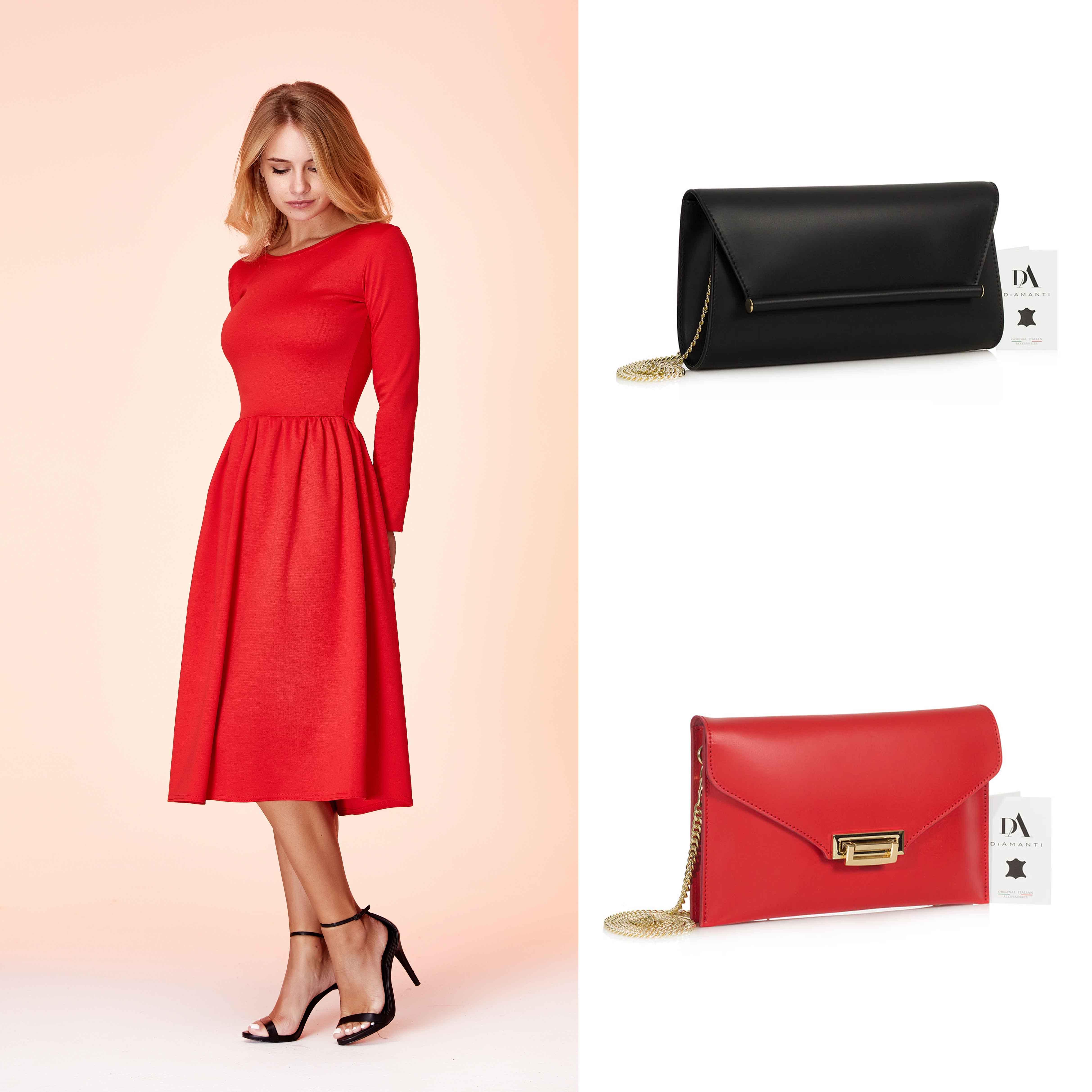 model cu rochie midi rosie, geanta Belladonna si geanta Allegra